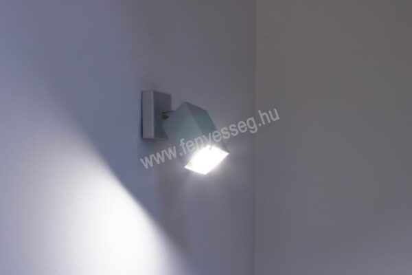 lampex 1izzos fali lampa nero 718 k cza felkapcsolva